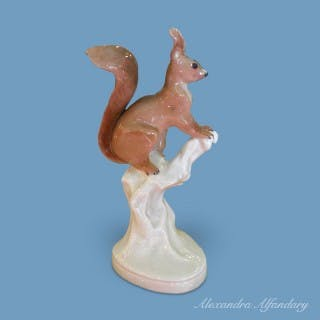A lovely Paul Walther Meissen Squirrel
