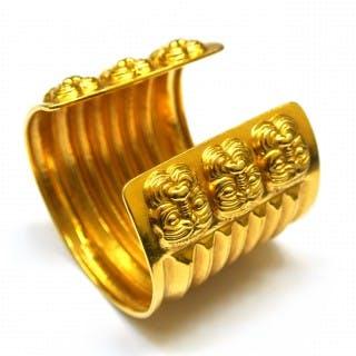 18 carat gold Lalaounis cuff