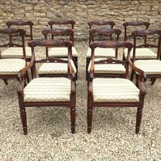 Very Fine Set of 12 Dining Chairs Very Rare Goncalo Alves Timber (c.