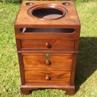 Antique Bedroom Washstand Made of Cuban Mahogany (c. 1770 England)Antique