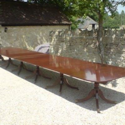 Antique Mahogany Six Pillar Dining Table