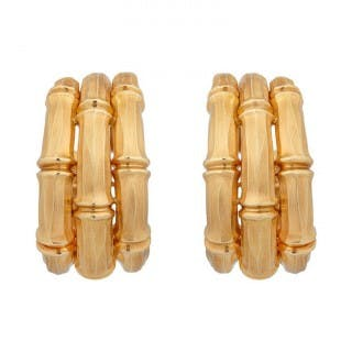 A Fine Pair of 18kt Yellow Gold Ear Clips by Cartier