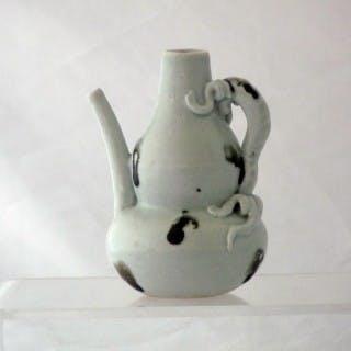 Yuan Qingbai Splashed Ewer