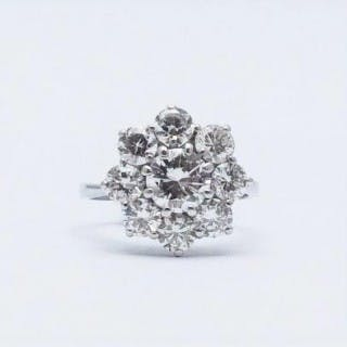 Diamond Cluster 18 Carat White Gold Ring