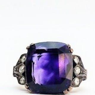 Vintage Amethyst and Diamond Ring.