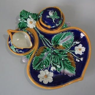 Wedgwood Majolica Strawberry Server, Sugar & Creamer