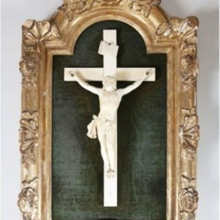 19TH CENTURY JANSENIST IVORY CARVING OF CHRIST ON THE CROSS
