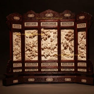 Exceptional Chinese ivory table screen end of the 19th Century