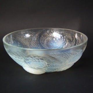Rene Lalique Opalescent Glass 'Dahlias No.1' Bowl