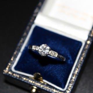 18ct White Gold and Platinum Diamond Solitaire Ring, Circa 1930