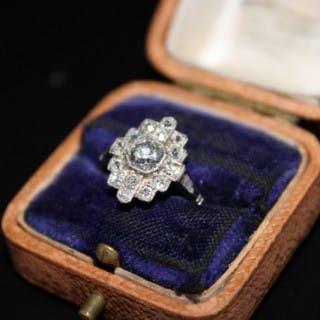 """Platinum & Diamond """"Quatre Foile"""" """"Art Deco"""" Ring, Circa 1920"""