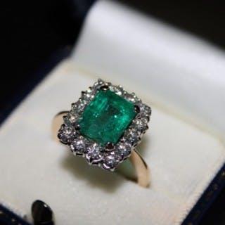 18ct Yellow Gold & Platinum Emerald & Diamond Cluster Ring, Circa 1950