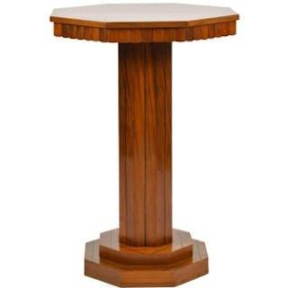An Art Deco walnut guéridon table