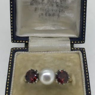 Belle Epoque Garnet and Pearl Ring