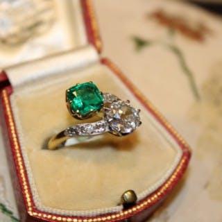 18ct Yellow Gold & Platinum Colombian Emerald & Diamond Ring, Circa 1910