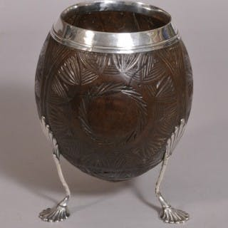 S/3215 Antique 18th Century George III Silver Mounted Coconut Cup