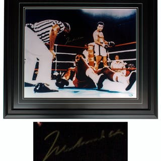 Muhammad Ali Signed 20'' x 16'' Photo After Knocking Out George Foreman