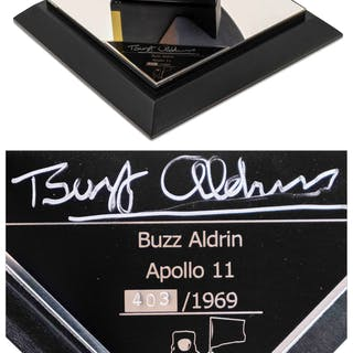 Buzz Aldrin Signed Limited Edition Apollo 11 Command Module Model