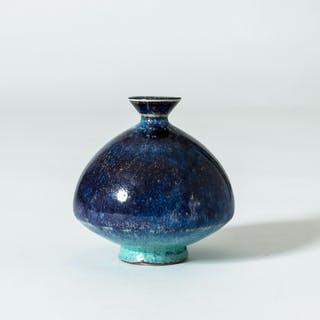 "Miniature ""Aniara"" vase by Berndt Friberg"
