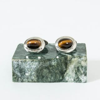 Silver and tigereye cufflinks from Gustaf Dahlgren & Co