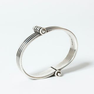 Silver bracelet by Karl-Gustav Hansen