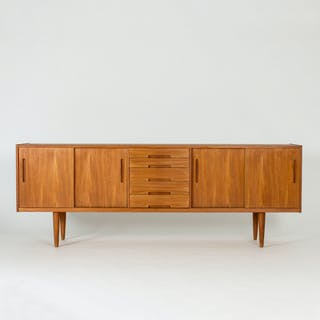 """""""Gigant"""" sideboard by Nils Jonsson"""