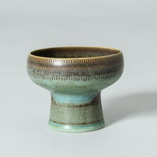 Unique stoneware bowl by Stig Lindberg
