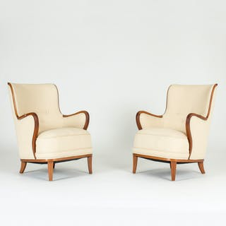 Pair of lounge chairs by Axel Larsson