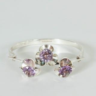 Silver and amethyst bracelet by Elis Kauppi