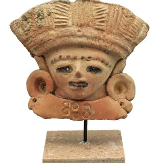 An exceptional Vera Cruz bust from Mexico