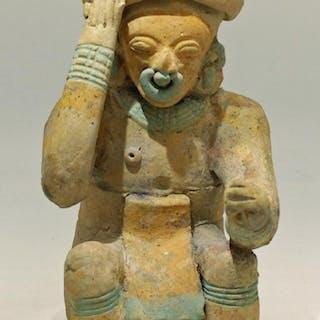 An excellent Jamacoaque figure from Ecuador