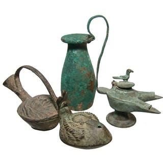 4 bronze lamp and vessel reproductions in Roman-style