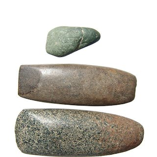 A lot of 3 stone axes, North Africa