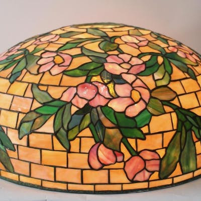 Duffner and Kimberly Leaded Glass Shade