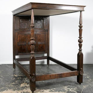Elizabethan Style Tester Bed With Period Elements