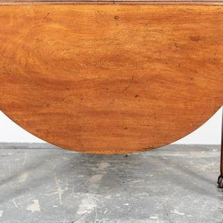 19th Century English Mahogany Drop Leaf Table
