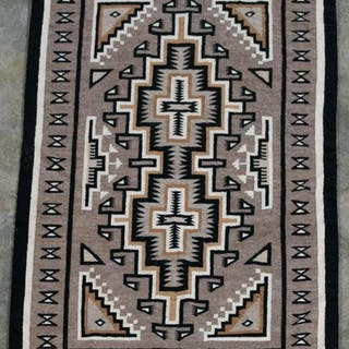 "Handwoven Native American Rug 5' 3"" x 3' 3"""