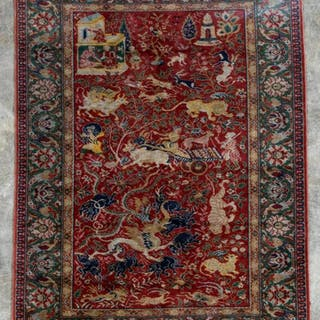 Handwoven Continental Mogul Style Pictoral Rug