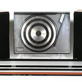 4 PC., Bang & Olufsen Stereo/Record Player Set