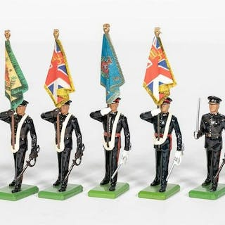 9 Pc, Britains Mixed Group of British Toy Soldiers