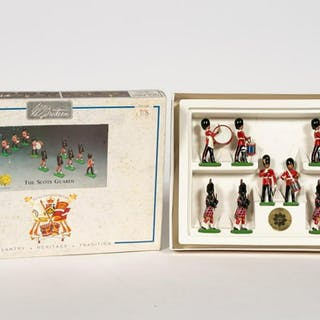 Britains Set #8305 Scots Guard Toy Soldiers