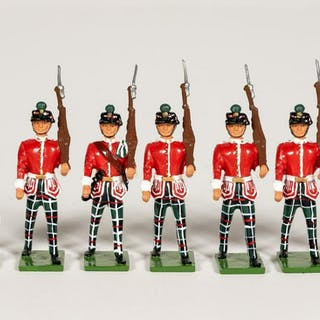 "7 Pc, Britains 1998 ""Irish Infantry"" Toy Soldiers"