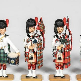 """6 Pc, King and Country """"Highland Piper"""" Soldiers"""