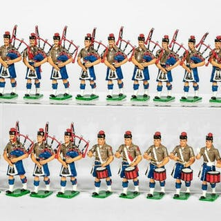 "21 Pc, ""US Marine Pipes and Drum Corps"" Soldiers"