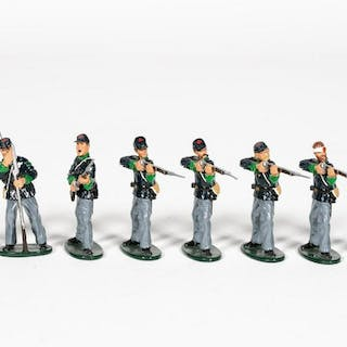 """8 Pc, Ted Toy """"Union Irish Infantry"""" Toy Soldiers"""