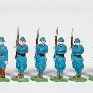 10 Pc, French Pre War Toy Soldier Grouping