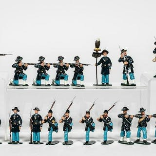 "26 Pc, Ted Toy ""Union Combat Form"" Toy Soldiers"