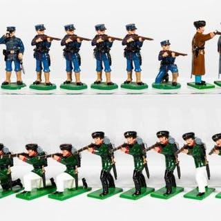 18 Pc, Mixed Maker Toy Soldier Grouping