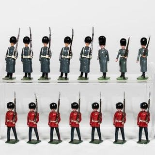 "25 Pc, Mixed Maker ""British Coldstream Guards"""