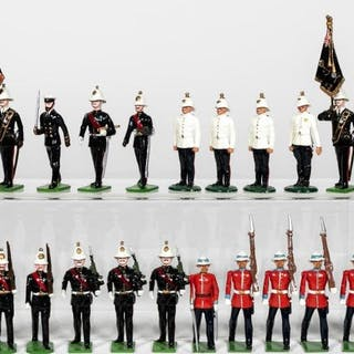 "21 Pc, Mixed Maker ""British"" Toy Soldier Grouping"
